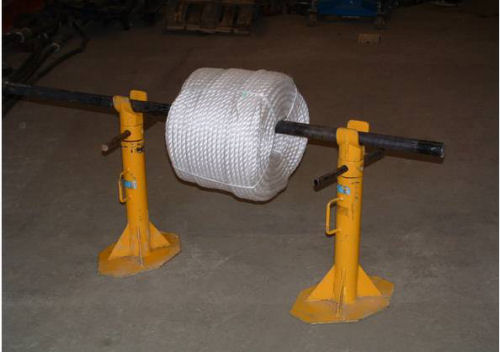 Cable reel jack